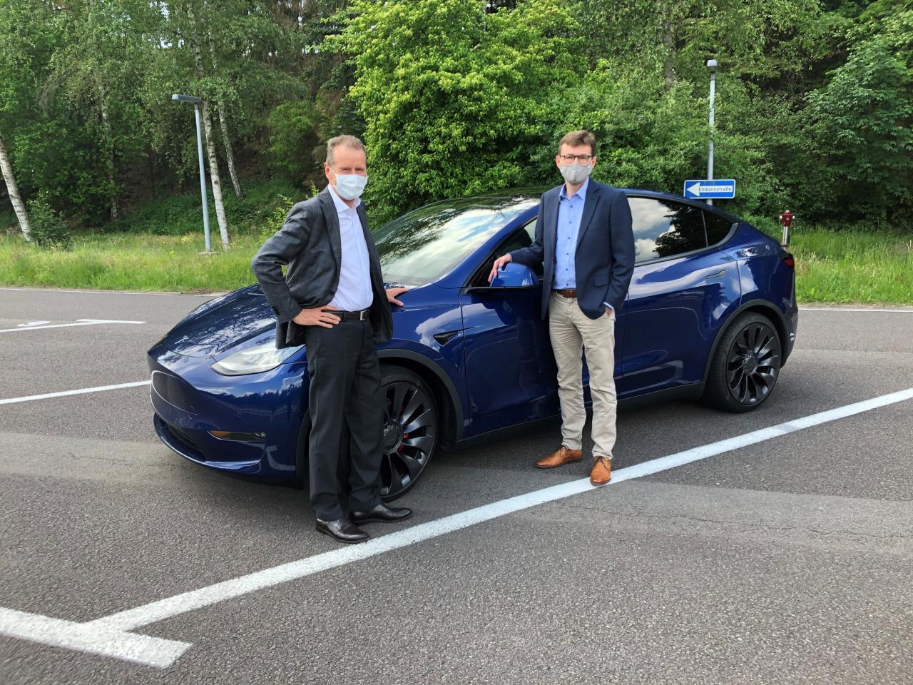 Herbert Diess et Tesla Model Y
