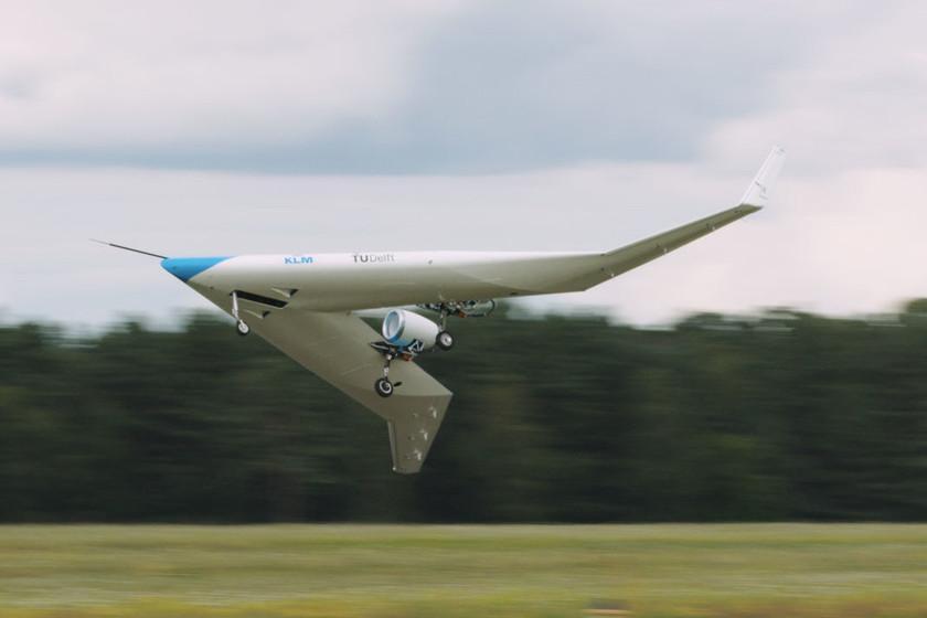 Le prototype Flying-V accrocheur de KLM réalise son premier vol réussi