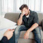 Les Psychologues Et Les Thérapeutes Condamnent La Thérapie De Conversion