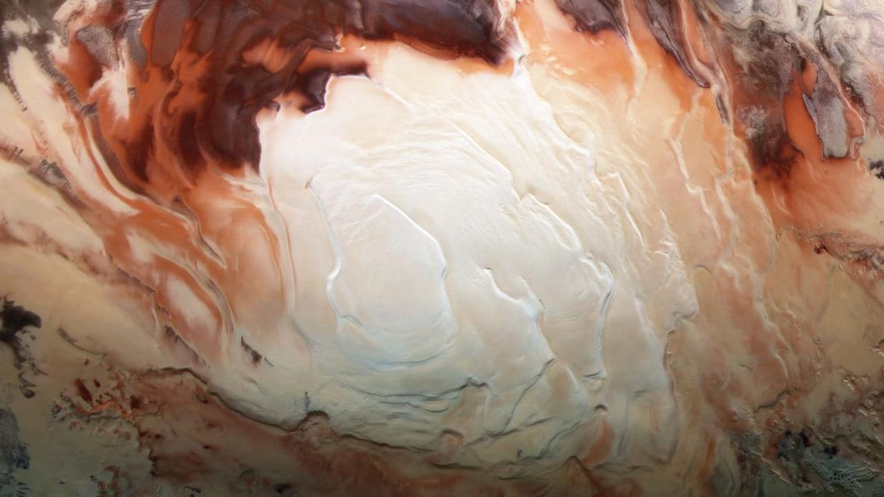 Mars a plusieurs piscines d'eau liquide autour d'un réservoir principal, affirment les astronomes dans une nouvelle étude