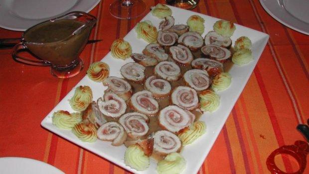 Rouleaux de dinde aux champignons au vin