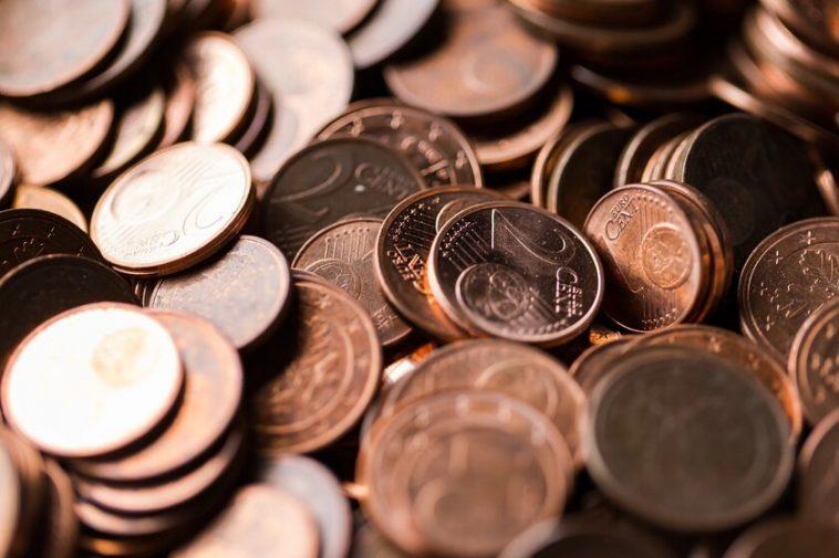 """L'Union européenne envisage de dire adieu aux pièces de un et deux centimes: plus de """"9,99 euros"""" et des arrondis des prix à vue"""
