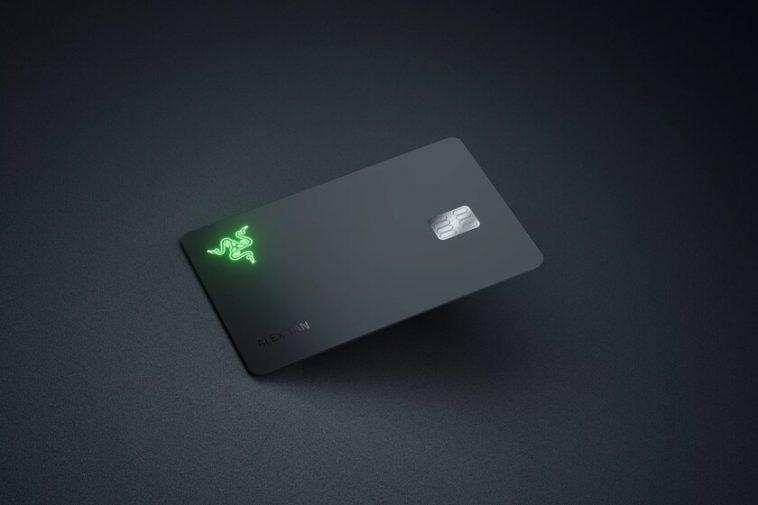 Razer lance sa propre carte de crédit et, fidèle à sa forme, comprend un logo qui s'allume lors du paiement