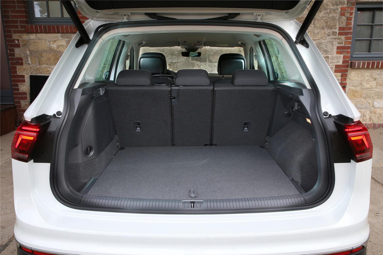 Compartiment à bagages avec sièges en position normale