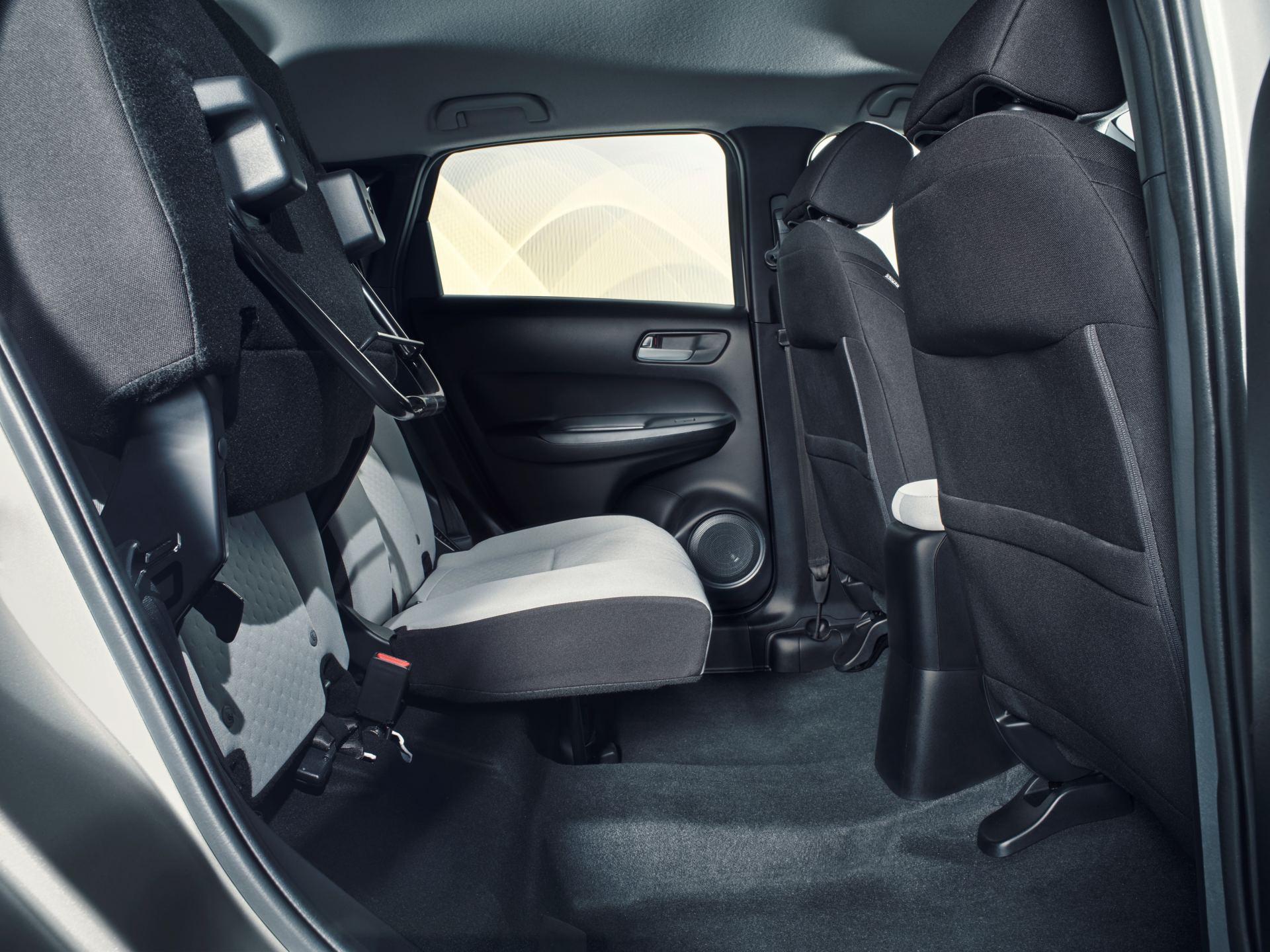 Système de pliage de la rangée arrière pour les sièges Honda Jazz et Honda Crosstar.  Honda Electric Vision