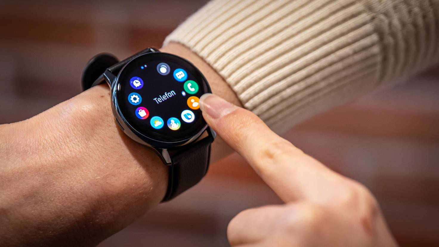 Samsung Galaxy Watch Active 2: lunette numérique