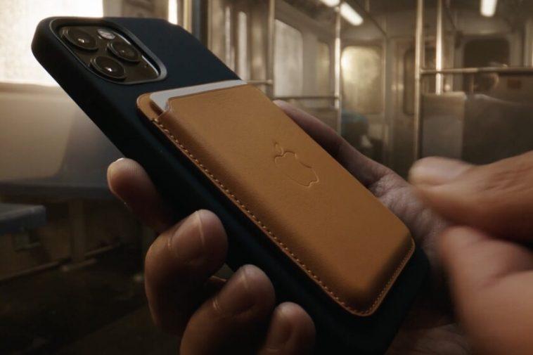 Apple ressuscite le MagSafe: c'est ainsi que fonctionne le système magnétique polyvalent du nouvel iPhone 12