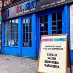 Le Restaurant Dundee Avertit Les Racistes, Les Homophobes Et Les