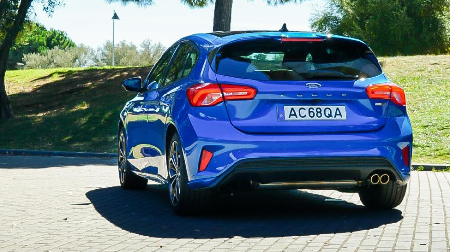 Ford Focus St Line 1.0 Ecoboost (155 Ch). Vaut Il La Peine