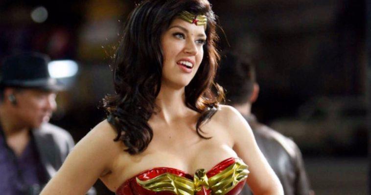 Adrianne Palicki Pense Que L'émission Télévisée Wonder Woman Ratée De