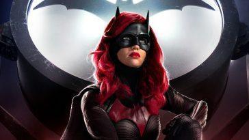Batwoman: Le Design De La Spectaculaire Batmobile De La Série