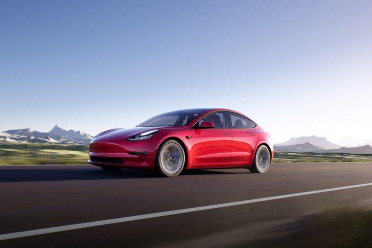 Tesla Model 3 (2021): les nouvelles versions du Model 3 ont jusqu'à 580 kilomètres d'autonomie et maintiennent le même prix
