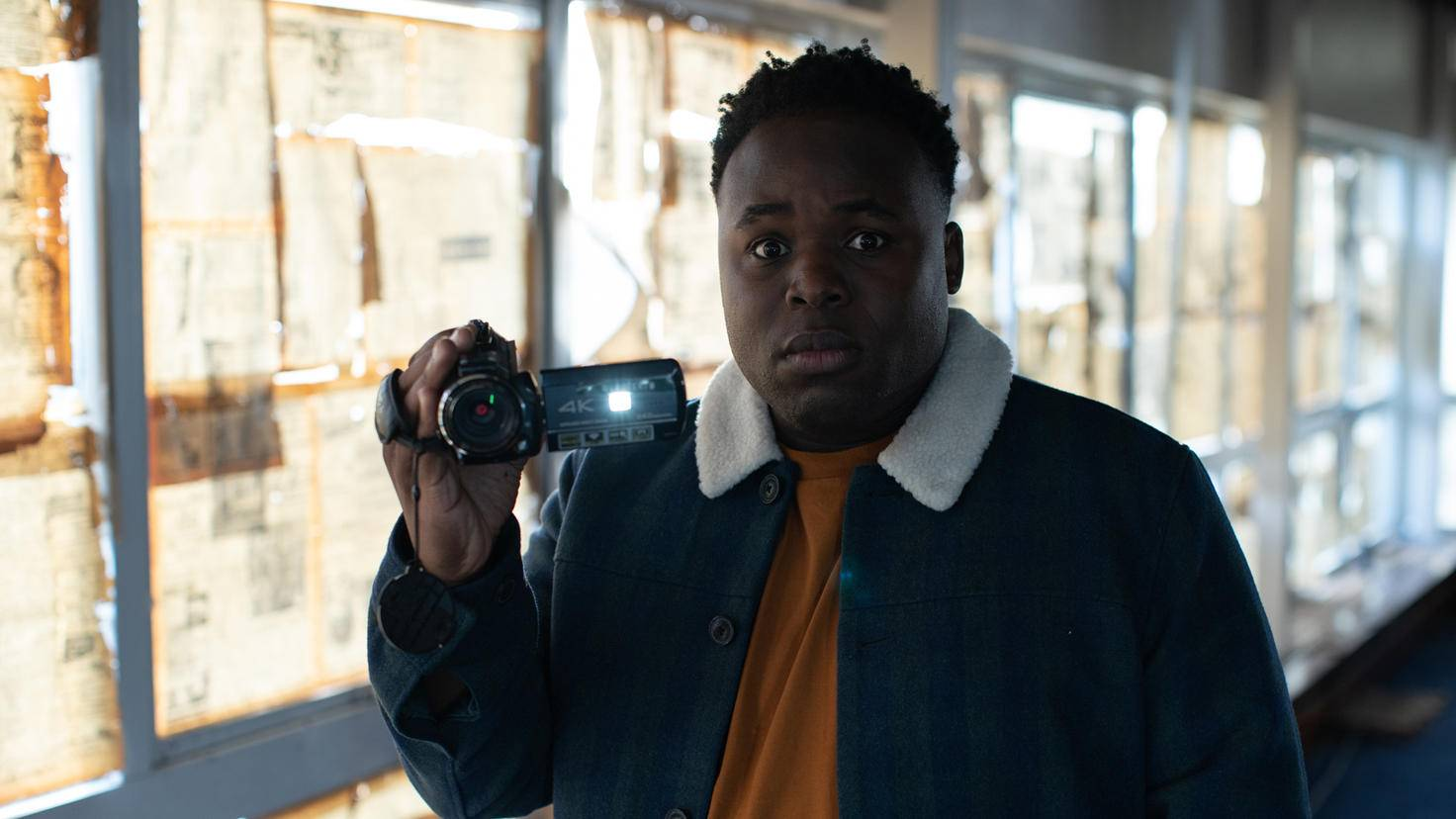 Chercheurs de vérité Samson Kayo comme Elton