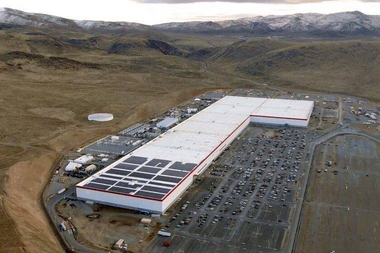 Tesla exploitera son propre lithium: les batteries de voitures électriques vont monter en flèche le besoin de ce minéral et Elon Musk semble anticiper