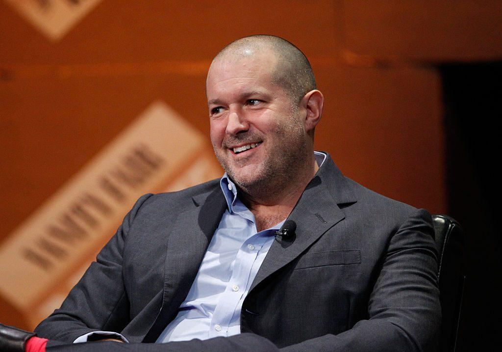 Jony Ive, Ancien Concepteur De Superstar D'apple, Travaillera Pour Airbnb