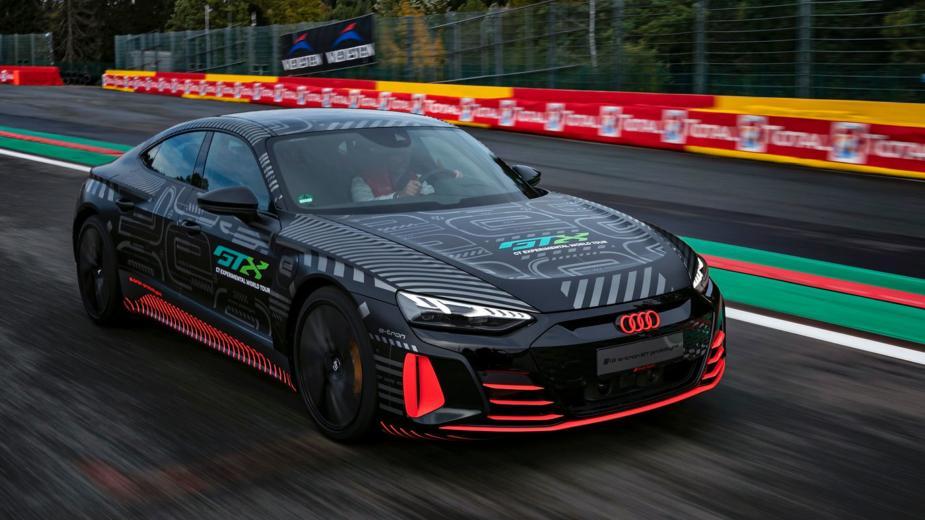Rs E Tron Gt. Audi Anticipe Sa Première Rs 100% électrique