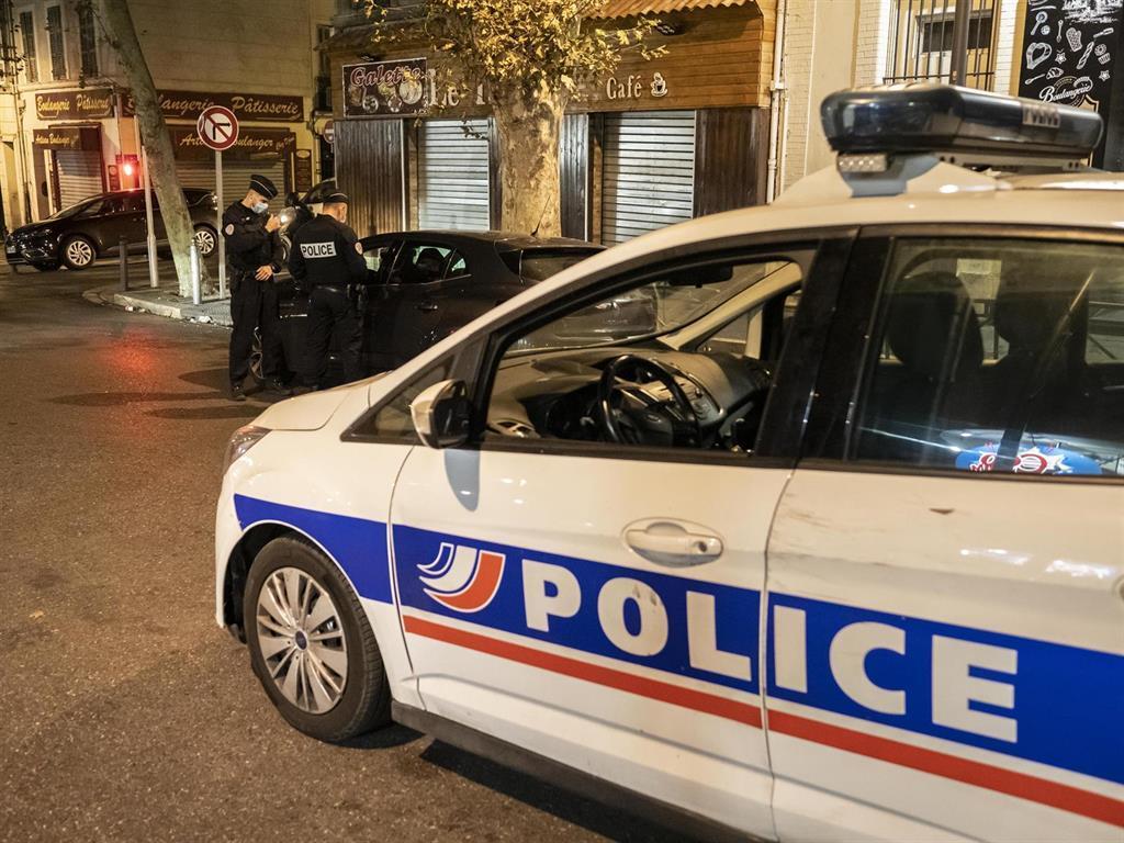 La France Signale Un Nouveau Record De 45000 Infections En