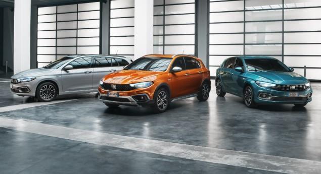 Conserve Le Diesel. Fiat Tipo Renouvelle Avec La Version Cross