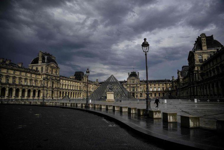 La France Enregistre Plus De 33000 Infections Supplémentaires Et Prévoit