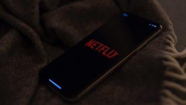 Netflix teste un mode `` audio uniquement '' pour écouter son catalogue en arrière-plan comme s'il s'agissait d'un podcast
