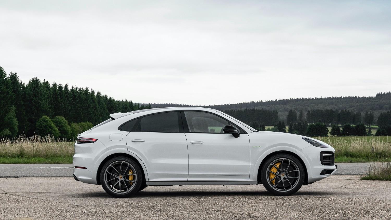 Coupé Porsche Cayenne E-Hybrid
