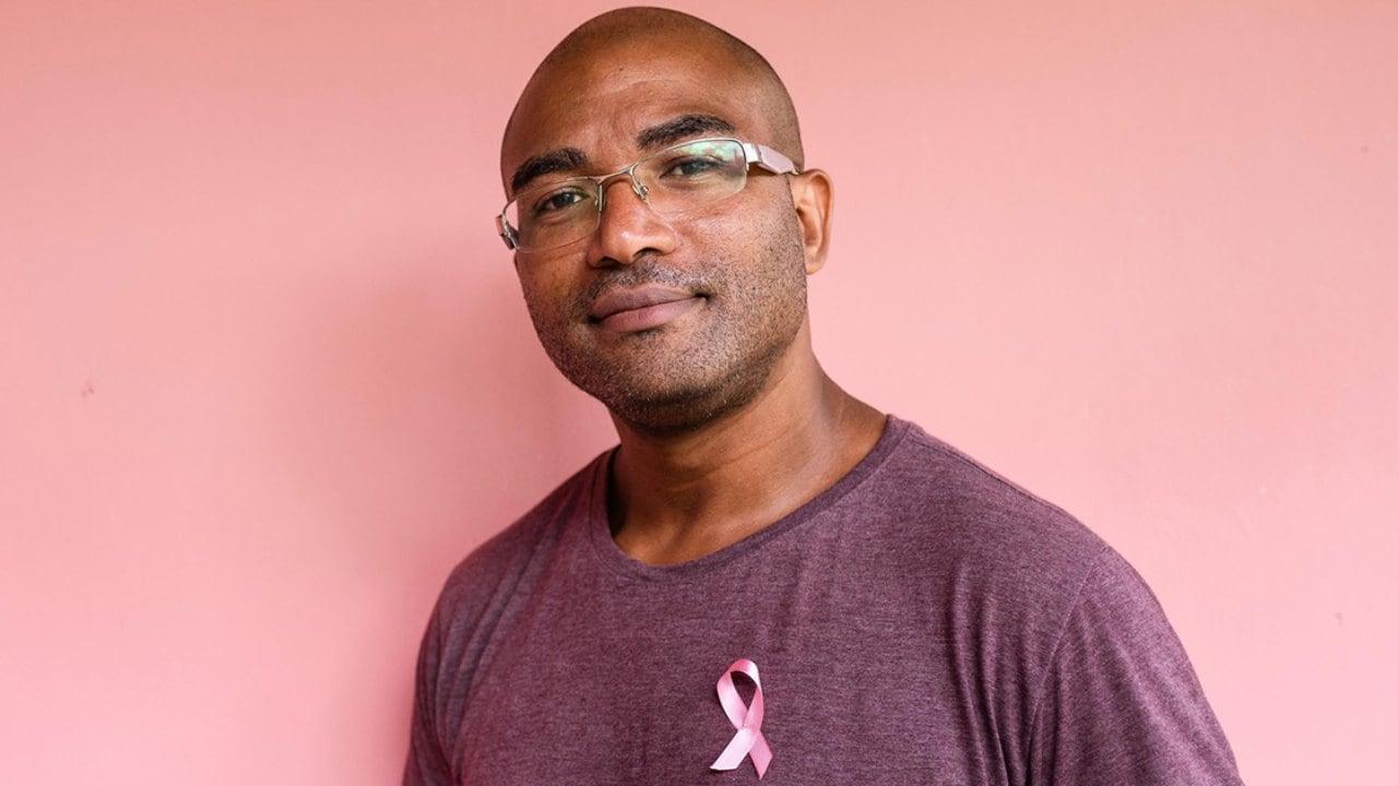 Mois Du Cancer Du Sein: Les Hommes Succombent également Au