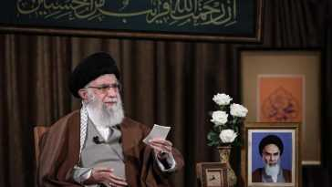 Khamenei Remet En Question Le Fait Que Les «insultes» à