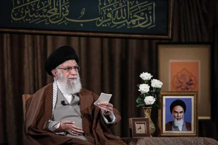 Khamenei Remet En Question Le Fait Que Les «insultes» à