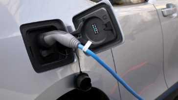 Les Véhicules électrifiés Se Vendent Déjà Plus Que Le Diesel