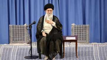 Instagram Bloque Le Compte Français De Khamenei Après S'être Interrogé