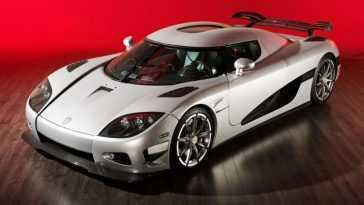 Pourquoi Acheter? Rare Koenigsegg Ccxr Trevita Disponible à La Location