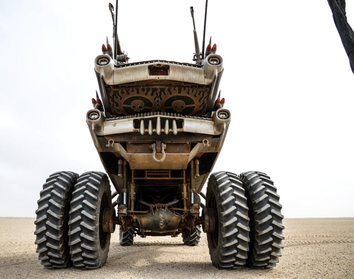 Mad Max Gigahorse
