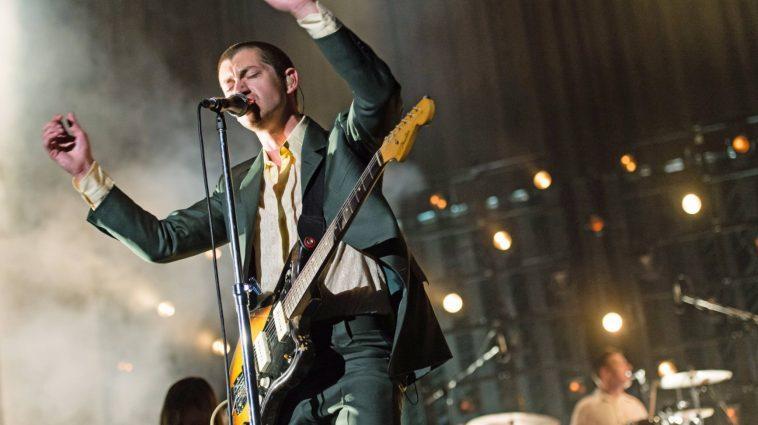 Arctic Monkeys Sortira Un Album Live Du Royal Albert Hall