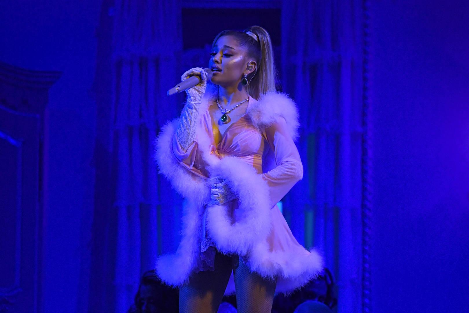 Ariana Grande, Tracklist