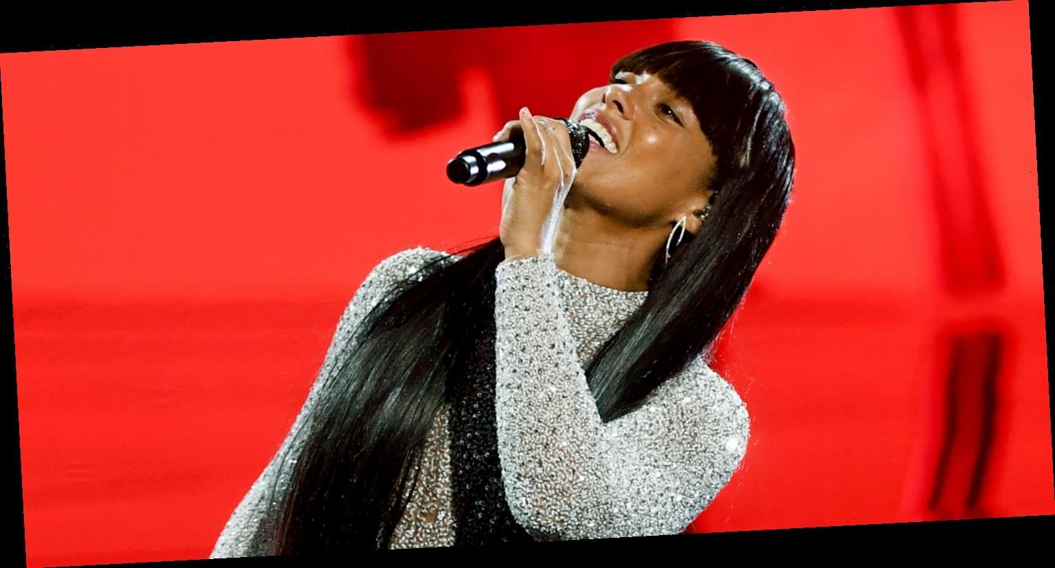 Alicia Keys fait ses débuts lors de la performance `` Love Looks Better'' aux Billboard Music Awards 2020 - Regardez! | Nouvelles du mode de vie chaud