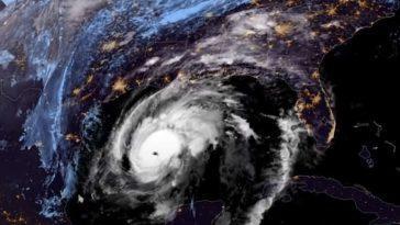 Comment L'ouragan Zeta S'est Rapidement Renforcé Avant De Frapper La