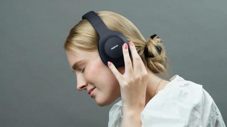 Hmd Lance Les écouteurs Sans Fil Essential Avec Une Autonomie