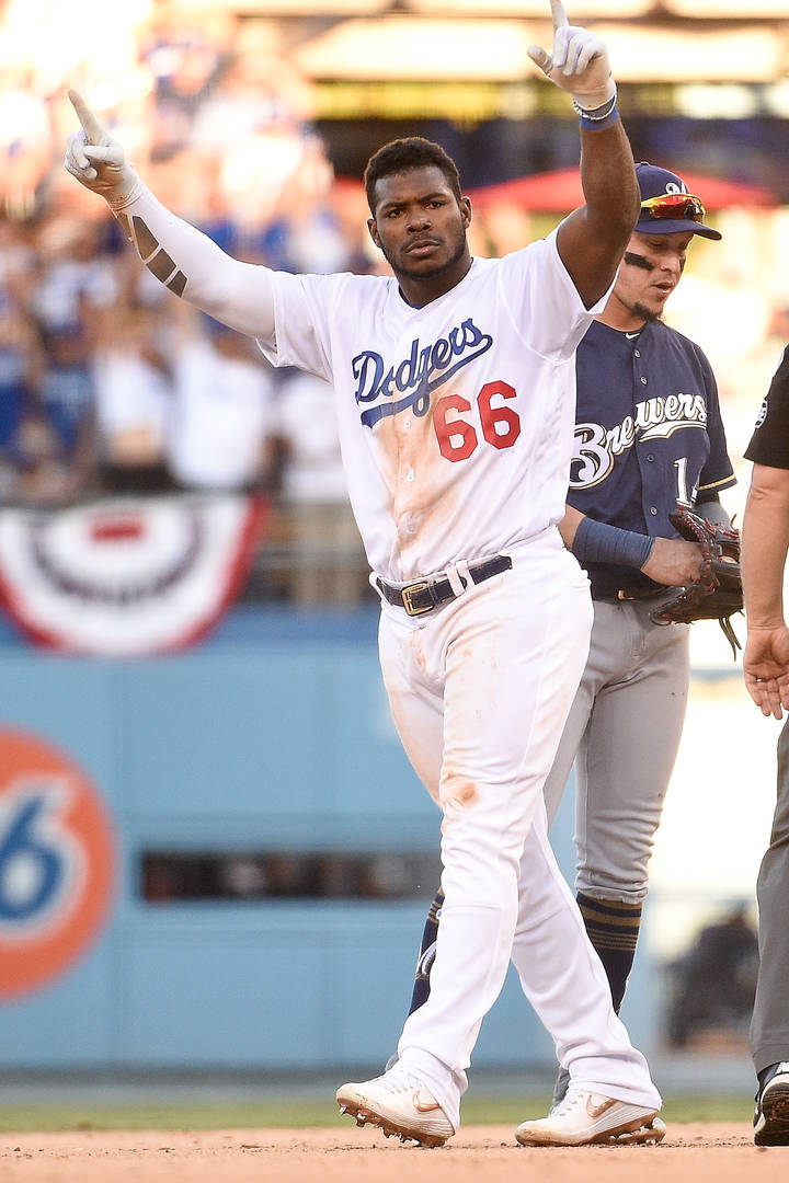 Yasiel Puig, agression sexuelle, Lakers, Dodgers, poursuite