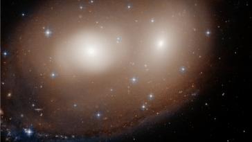 Le Télescope Hubble Repère Une `` Plus Grande Citrouille ''