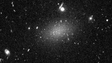 Les Astronomes Ont Affirmé Que La Galaxie était à 98%