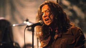 Pearl Jam Publie Sa Session Complète De Mtv Unplugged |