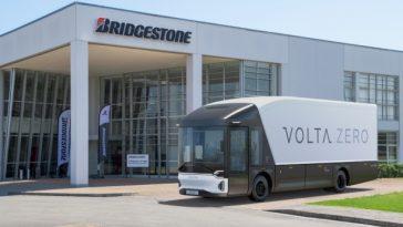 Premiers Camions Volta Zero équipés De Pneus Bridgestone