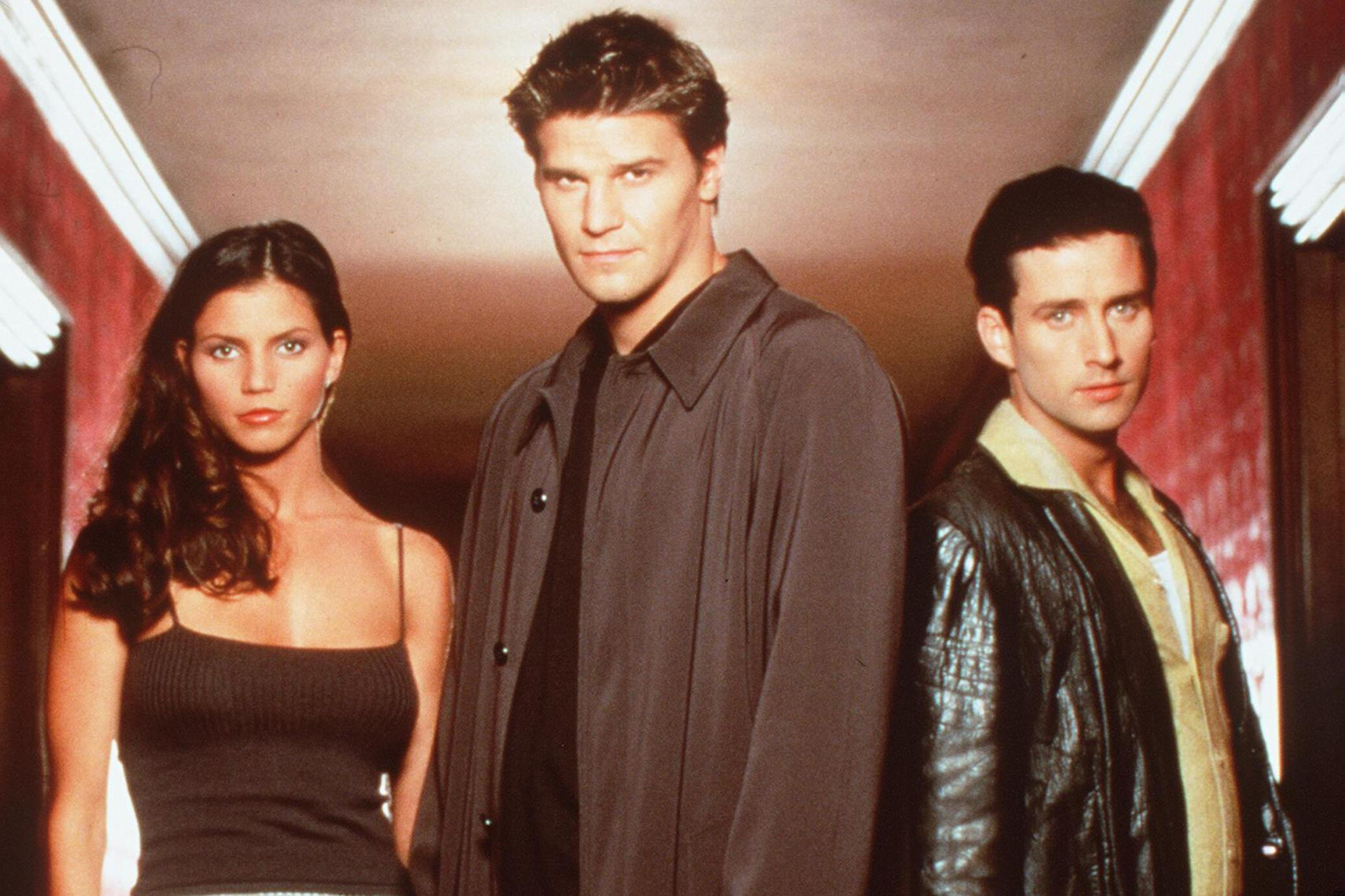 Charisma Carpenter David Boreanaz And Glenn Quinn Star In The Tv Show Angel
