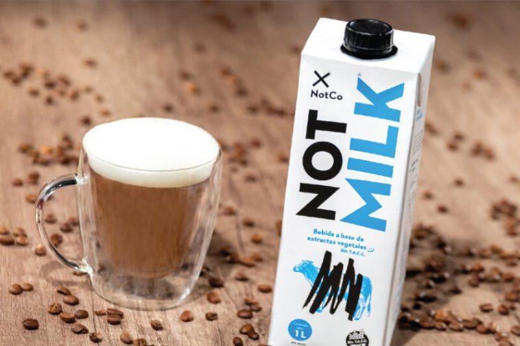 """Ce """"lait-pas-lait"""" est fabriqué à partir de plantes et ses créateurs assurent qu'il a été conçu par l'intelligence artificielle"""