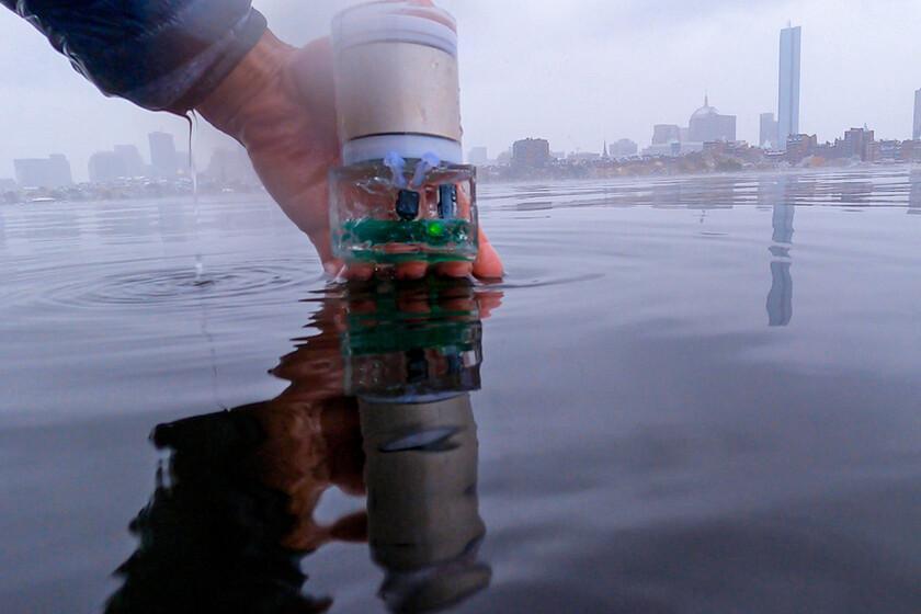 Le MIT développe une alternative au GPS pour les océans: UBL est un système capable de moduler les signaux sous l'eau