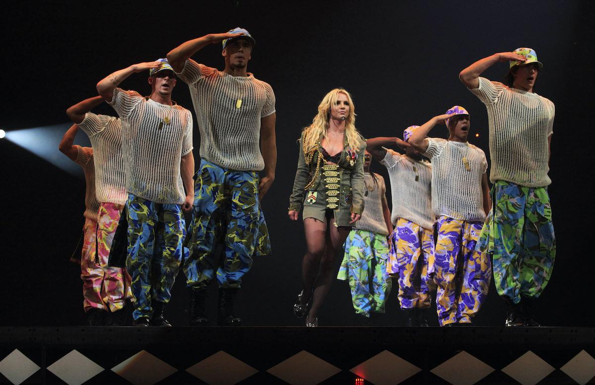 """Britney Spears se produit lors de la tournée """"The Circus Starring Britney Spears"""""""
