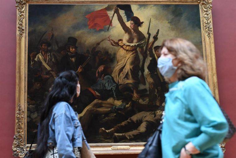 La France Signale 271 Décès Dus Au Coronavirus Au Cours