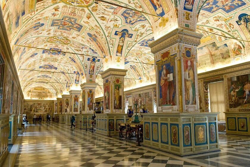 La Bibliothèque du Vatican numérise ses manuscrits depuis des années: elle mise désormais sur l'IA pour les protéger des cyberattaques