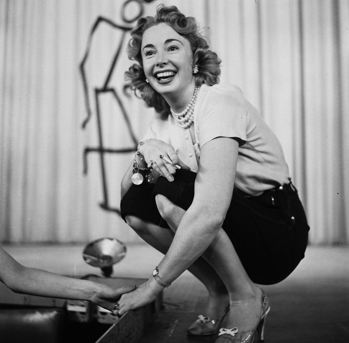 Audrey Meadows apparaît dans 'The Jackie Gleason Show' dans les années 1950