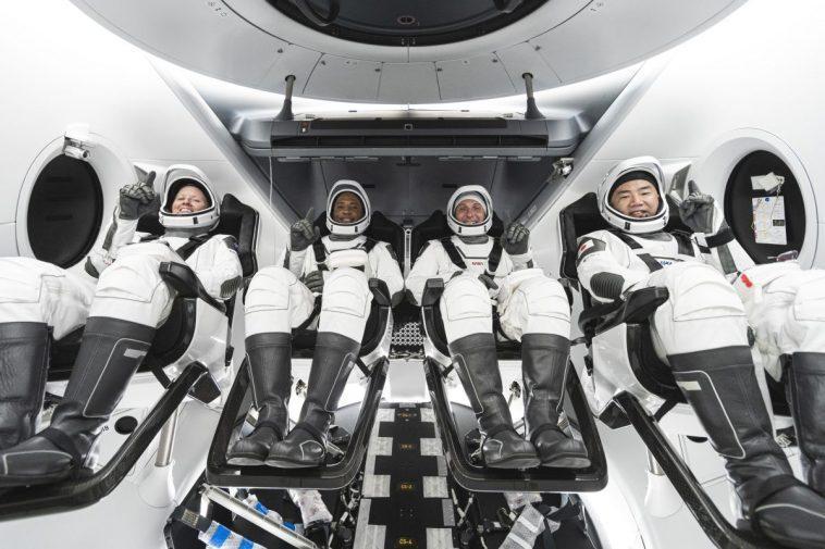 Lancement De L'astronaute Crew 1 De Spacex Pour La Nasa: Mises